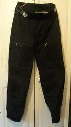 Necky chronic kayak. Palm switch xp100 cag + dry pants. Yak deck